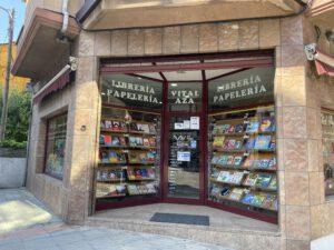 Librería Vital Aza
